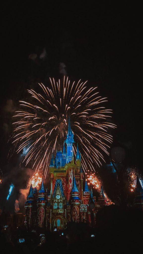 【ディズニーホテル全制覇の僕が教える】失敗しないディズニーも花火も見えるおすすめオフィシャルホテル3選